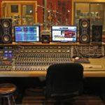 Чем профессиональная студия звукозаписи отличается от домашней?