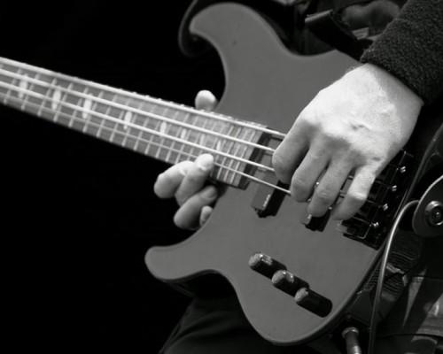 гитара условий баса, линии записи